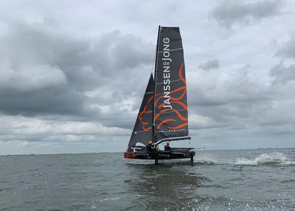 Team DutchSail – Janssen de Jong doopt 69F